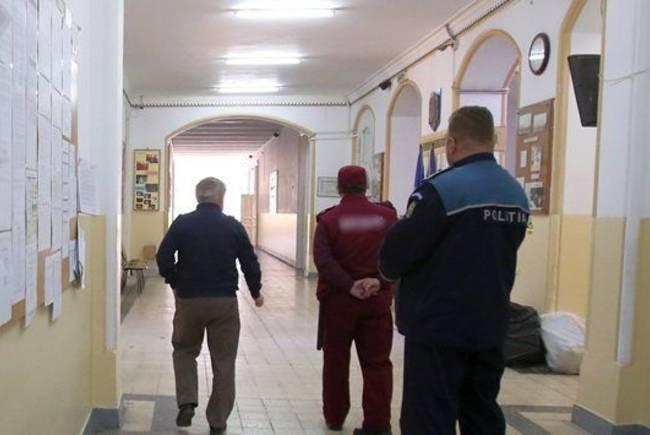 Amenintari, loviri si furturi in scolile din Timis, in anul scolar care s-a incheiat.