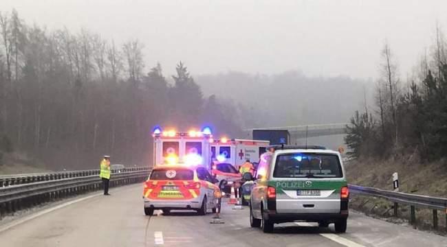 Tânăr român, mort pe şosea în Germania, din vina unui şofer de 70 de ani