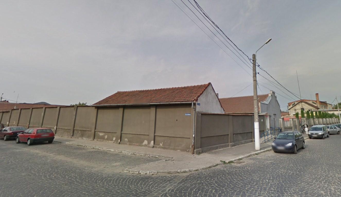 Cine va cumpăra clădirile Salprestului, scoase la licitație de lichidator