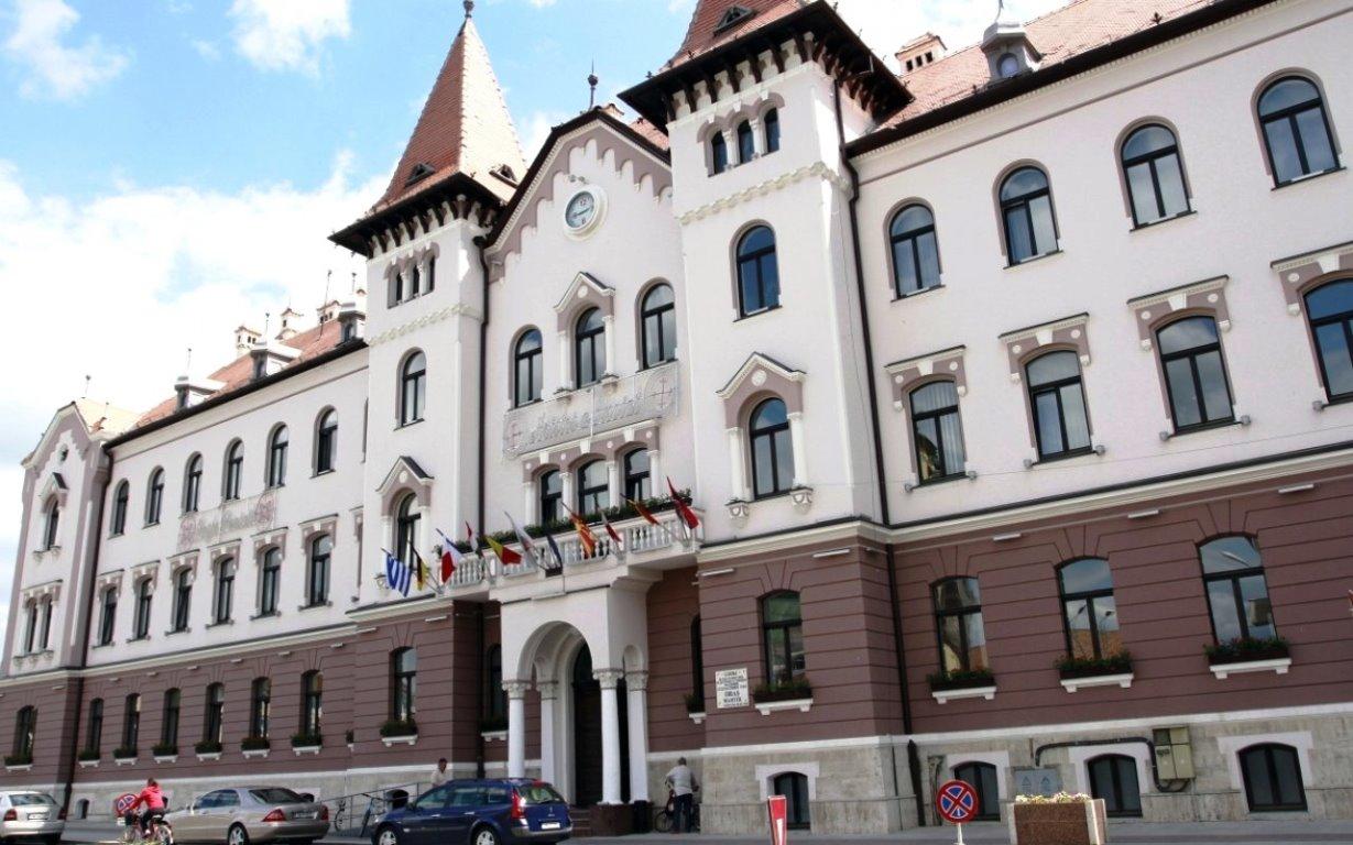 Curtea de Conturi este în control la Primăria Lugoj