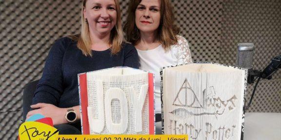 Adriana Schiller - Carti sculptate