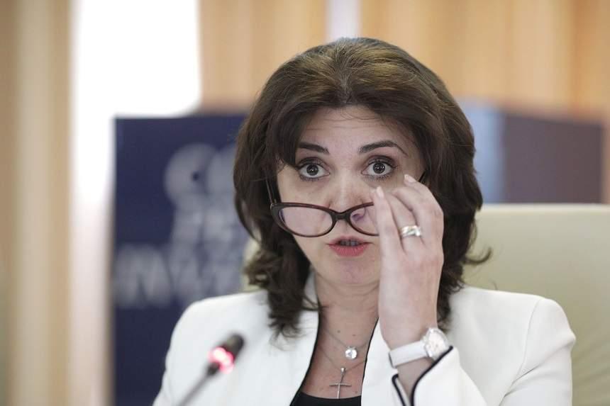 Ministrul Educației nu exclude varianta ca școlile să rămână închise și în septembrie
