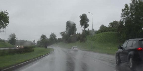 sosea ploie