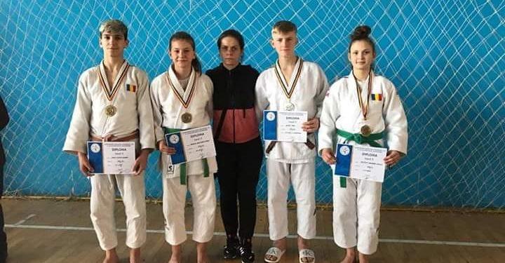 Sportivii lugojeni s-au întors cu patru medalii și un titlu de vicecampion de la Campionatul Național individual de cadeți