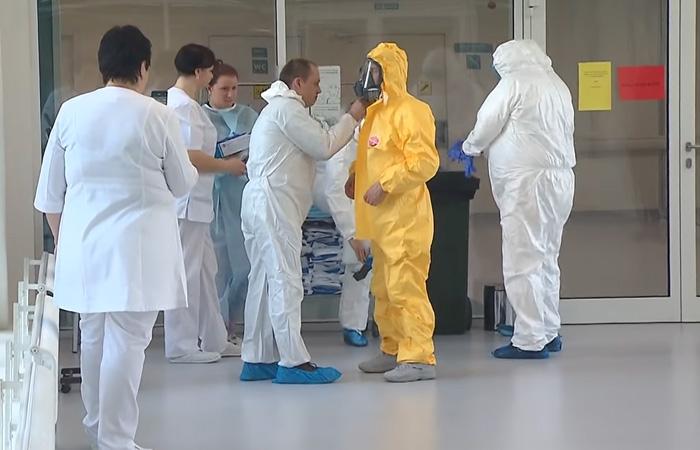 Putin, în vizită la pacienții cu coronavirus, din Moscova
