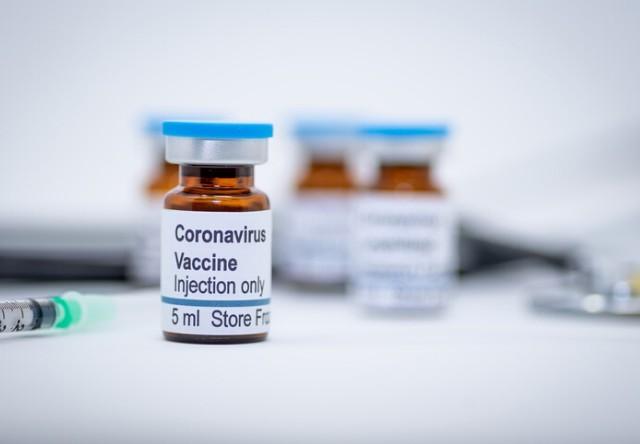 Din rău în mai rău! Vaccinul anti-COVID va fi disponibil tocmai în 2022.
