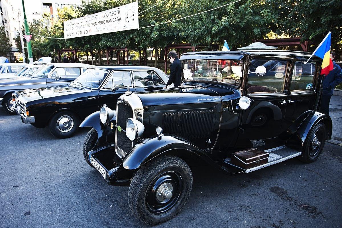 Mașinile de epocă, în plimbare prin Timișoara