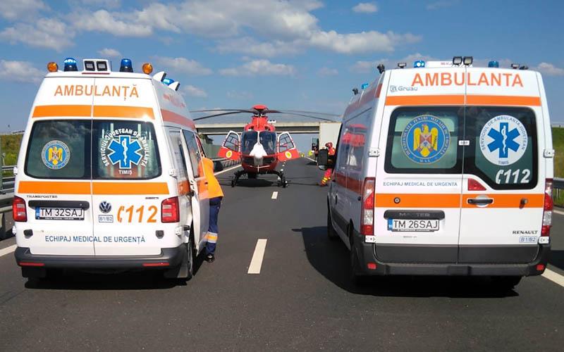 [FOTO] Accident pe autostrada Timisoara – Lugoj. Implicate trei autoturisme, o camioneta si un tir