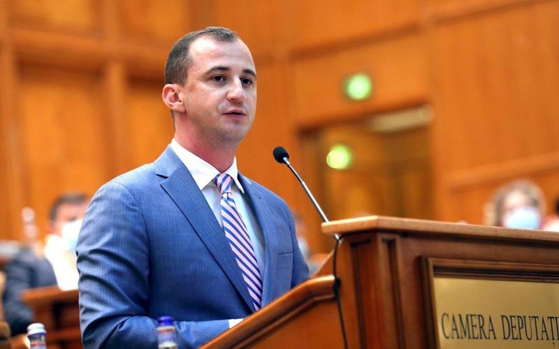 Deputatul Alfred Simonis amendament la legea pensiilor: locuitorii din Margina, Nădrag şi Tomeşti câștigă 2 ani la vârsta de pensionare