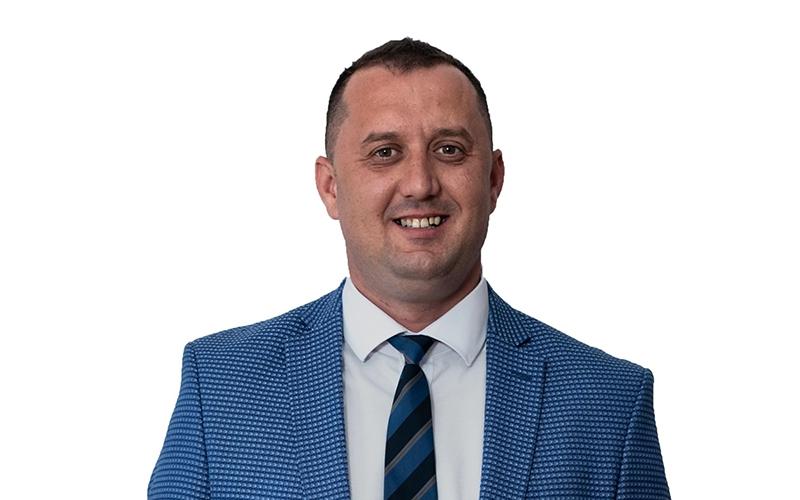 Facilități, sprijin pentru tineri și condiții pentru învățământ de calitate în comuna Știuca, își dorește Andrei Bohar, candidatul la Primărie din partea PSD. (P)