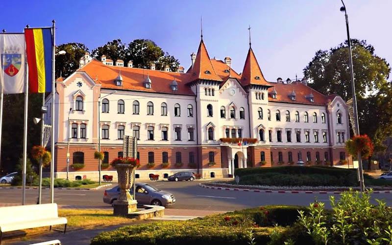 Patru consilieri locali din Lugoj au renunțat la mandat înainte de a fi învestiți.