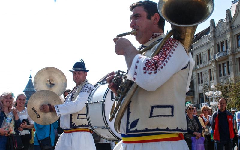 O nouă ediție a Festivalului Fanfarelor are loc astăzi la Muzeul Satului Bănățean din Timișoara