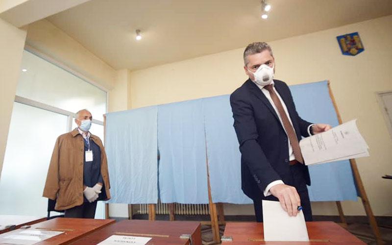 Florin Dumitru printre primii candidați la funcția de primar care a VOTAT, PRO Lugoj