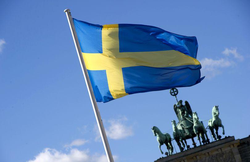 Suedia ar putea deveni prima țară din lume în care dispar bancnotele și monedele