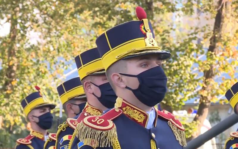 Ziua Armatei Române sărbătorită luni cu respectarea măsurilor anti-CoVID