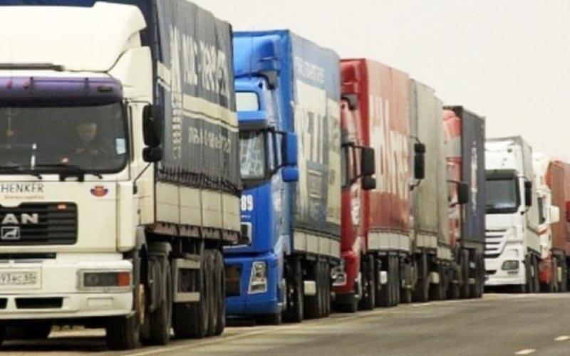 Transportatorii rutieri sunt nemulţumiţi de noile prevederi