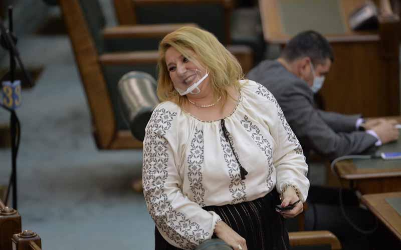 Senatoarea Diana Șoșoacă a fost exclusă din partidul AUR.