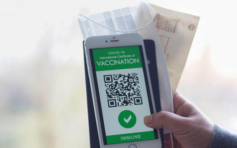 Comisia Europeană a propus paşaportul verde digital.