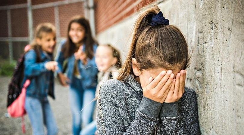 Dosar penal într-un caz de bullying.