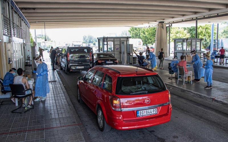 Ambasada Greciei anunță că regulile de intrare în țară nu se modifică. Testarea la graniță rămâne aleatorie.