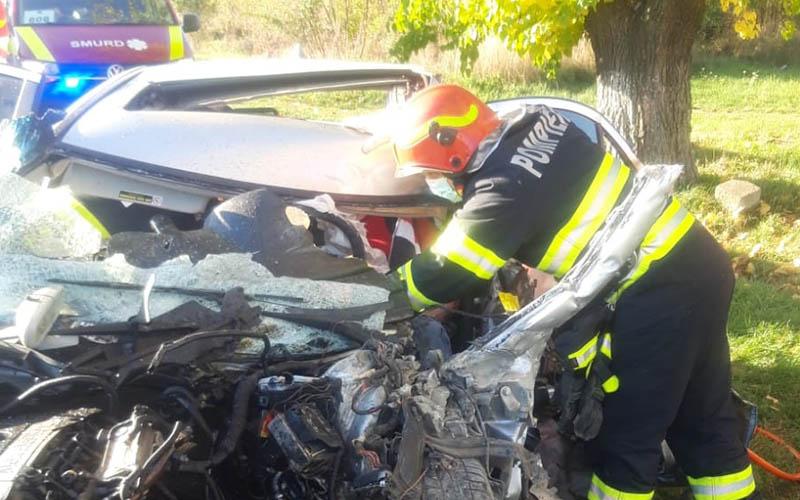 [FOTO] Accident soldat cu trei victime în Timiș
